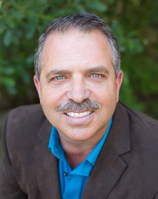Brent Lokker headshot